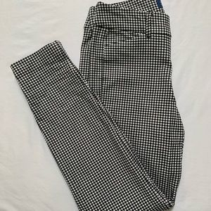 Old Navy Pixie Pants - Houndstooth - NWOT